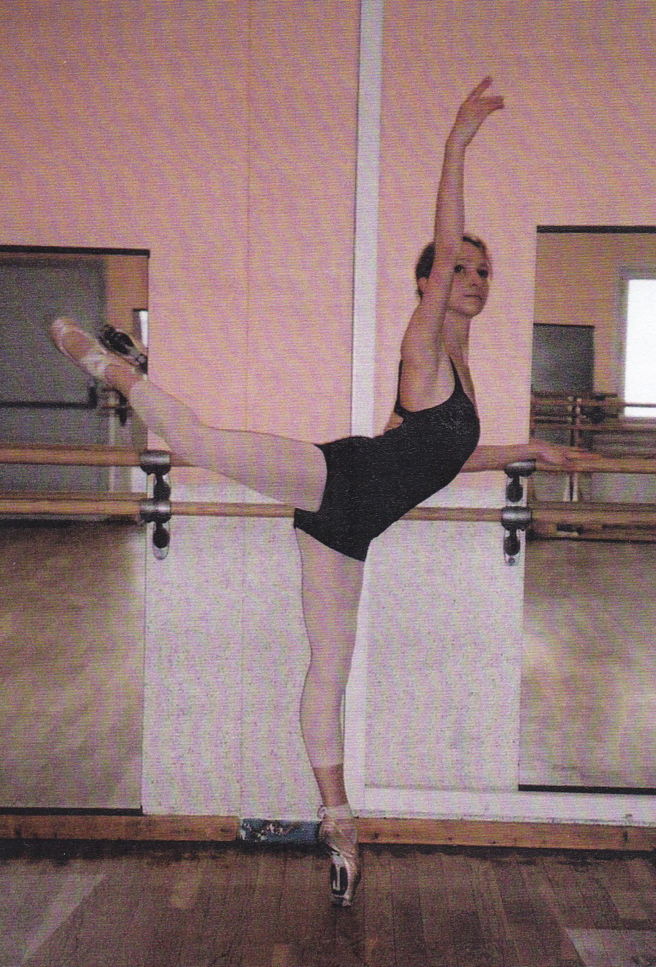 Cours de barre classique toulouse balma et alentours for Cours danse classique barre